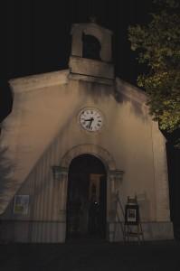 En soirée dans la petite église...