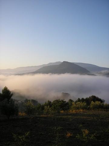 Brumes matinales au dessous de Rochecolombe