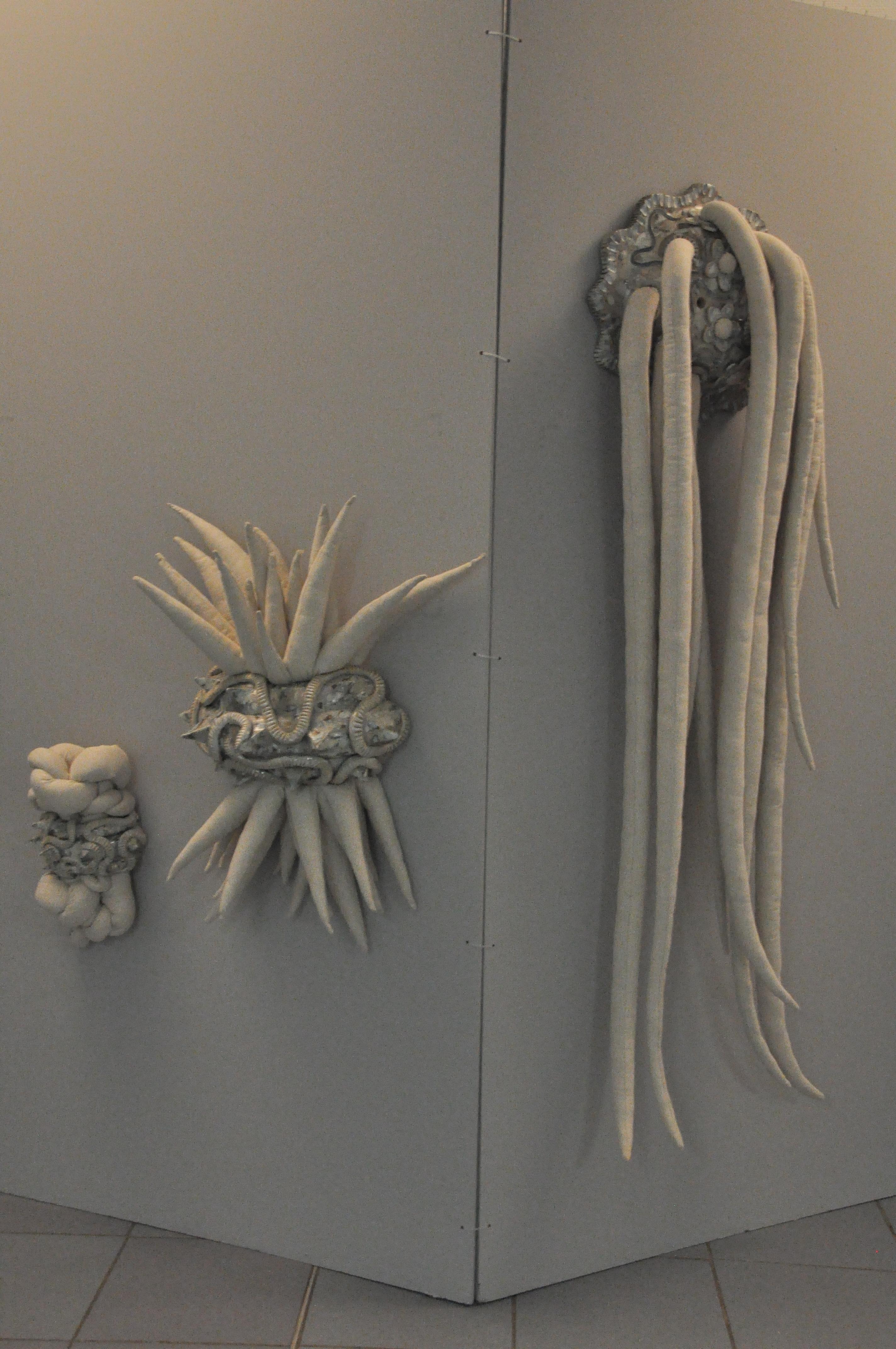 céramique émaillée et toile métis